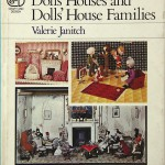 03_Janitch_Dolls-Houses-and-Dolls-House-Families_