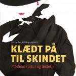 10_Dybdahl-Engholm_Klaedt-paa-til-skindet_