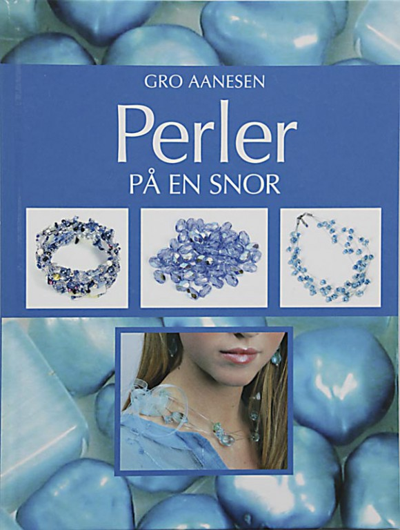 13_Aanesen-Gro_Perler-paa-en-snor_
